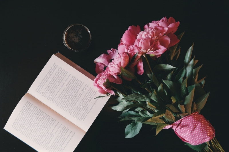 reading-peony-flower-bouquets